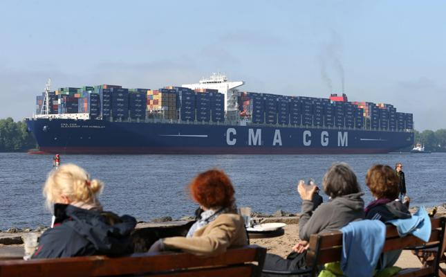 Low cost fuel to boost container shipping / FOCUS